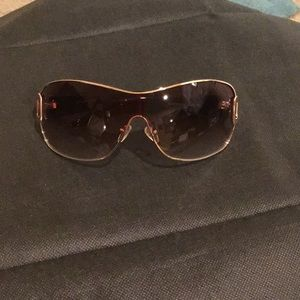 KENNETH COLE REACTION OVERSIZED SUNGLASSES
